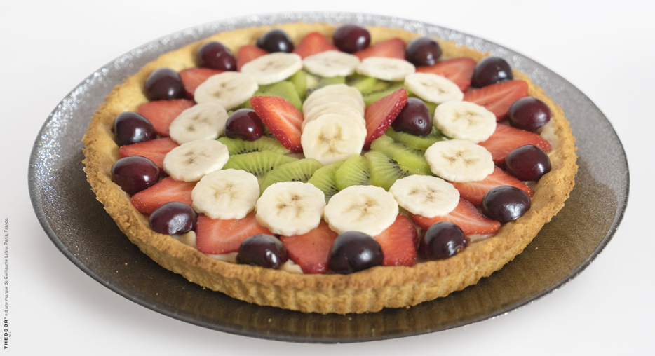 A wonderful pie flavored with fruits and tea